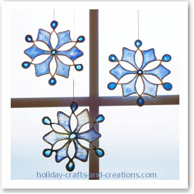 Easy To Make Christmas Ornaments: Stained Glue Snowflake