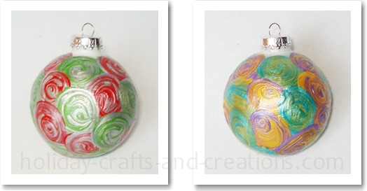 Easy To Make Christmas Ornaments: Painted Swirl Ornament