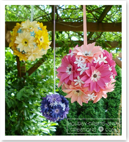 Wedding Kissing Balls / Pomanders: Daisy Design