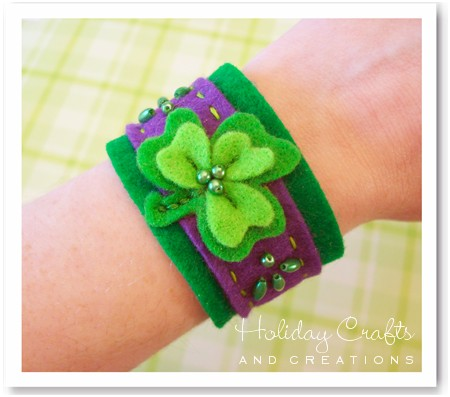 Kids sewing projects felt shamrock bracelet for Easy christmas crafts to sew